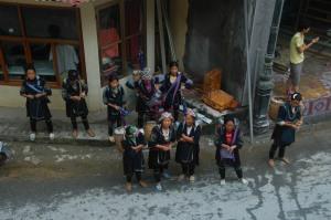 Sapa - Hmong Waiting Patiently